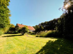 Garten mit Teich am Ramselhof