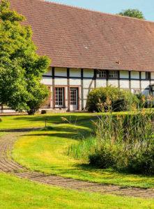 Garten mit Teichanlage am Ramselhof
